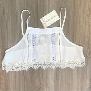 Native Rose Lace Embroidered Crop Top LF